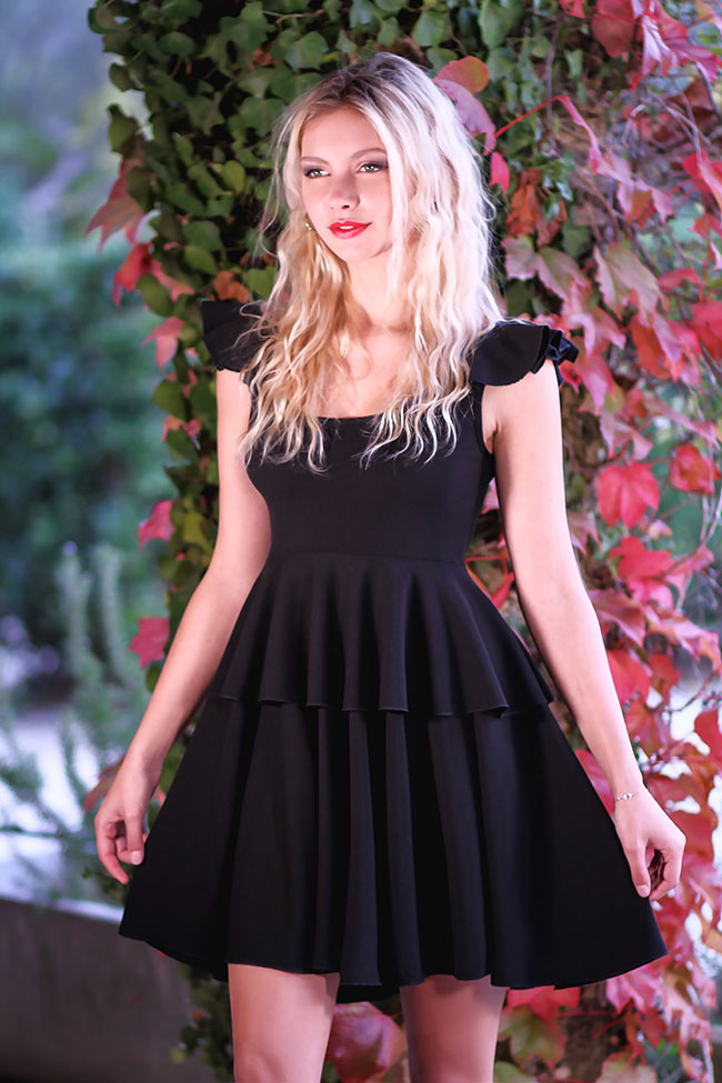 Petite Robe Noire Patineuse Look 03
