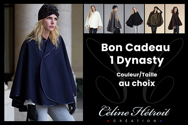 Carte Cadeau Céline Hétroit Création pour Cape Bleu Marine en lainage et col asymètrique