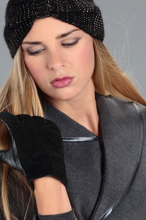 Cape grise femme hiver en lainage avec col asymetrique (Vue de détail)