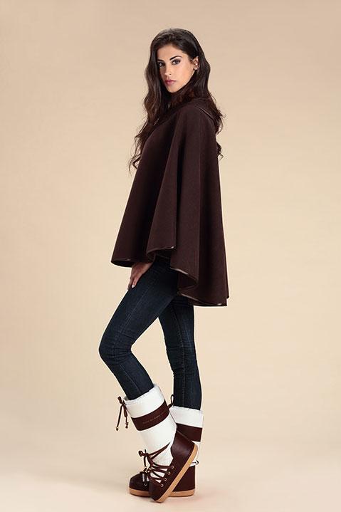 Cape marron femme hiver en lainage avec col asymetrique (Vue de Profil)