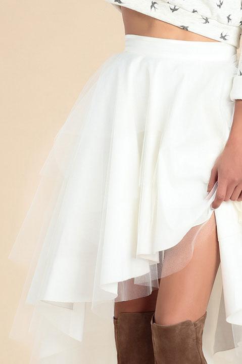 Jupe tutu ivoire longue devant courte derriere en tulle (Look 2)