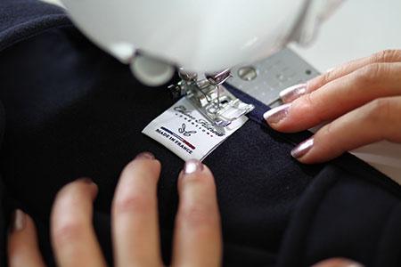 Etiquette Made in France Mini Jupe patineuse en lainage Bleu Marine