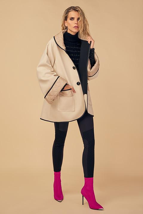 Manteau mi-long creme noir en lainage avec poches et manches kimono (Vue de face ouvert)