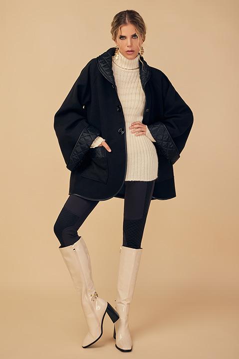 Manteau mi-long noir en lainage avec poches et manches kimono (Vue pose face)