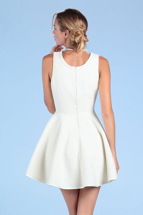 Robe de mariée courte ivoire en lainage d hiver (Vue de Dos)