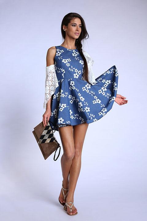 Robe patineuse bleu denim imprime fleuri (Look 1 face)