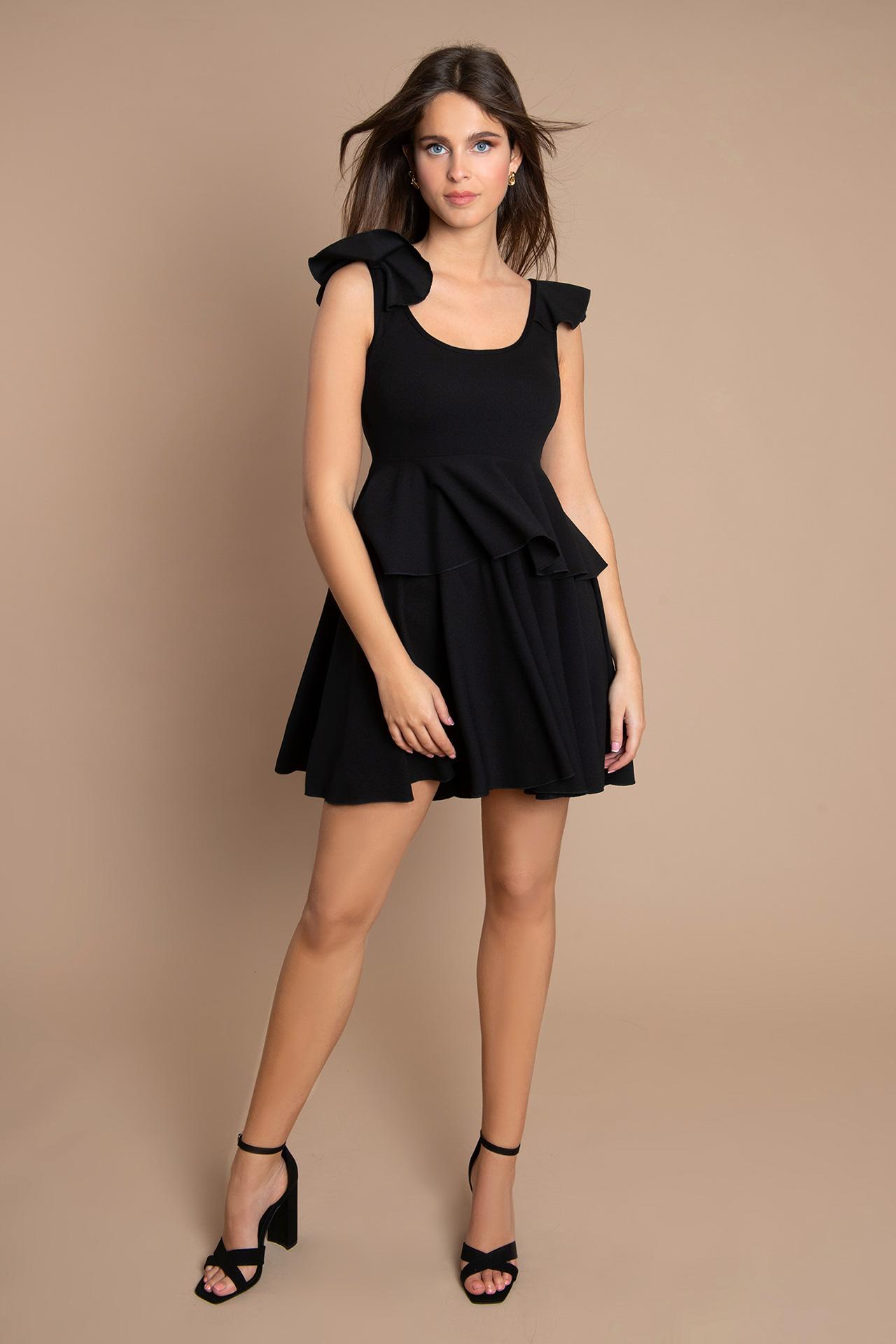 Petite Robe Noire Patineuse (de dos)