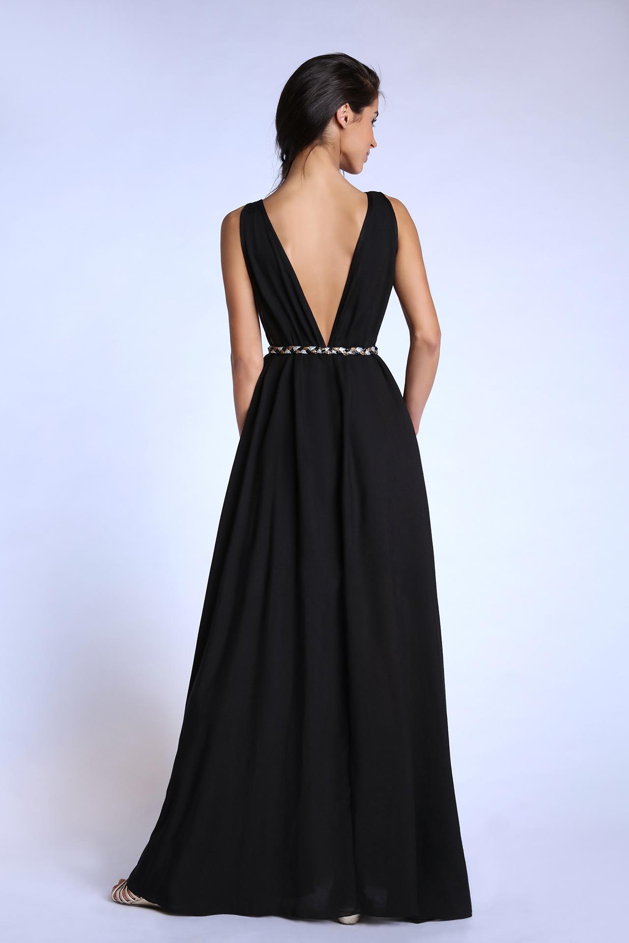 Robe de soiree noire longue et large (vue de dos)