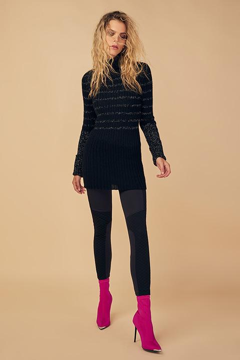Pull femme col roule laine 100 pourcent alapaga noir (Look 1 portrait)