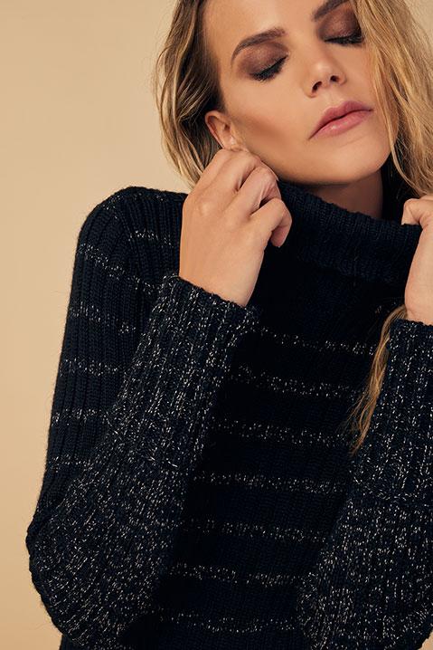 Pull femme col roule laine 100 pourcent alapaga noir (Look 2)
