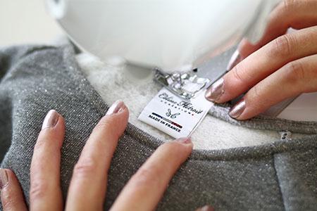 Etiquette Made in France Sweat court Crop Top gris pailleté